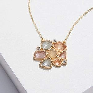 NWT, Clustered Stone Pendant Necklace